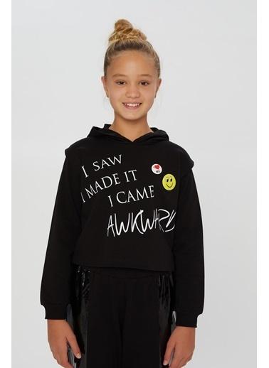 Little Star Little Star Kız Çocuk Smile Broşlu Sweatshirt Siyah